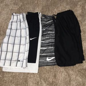 4/25 Set of boys shorts
